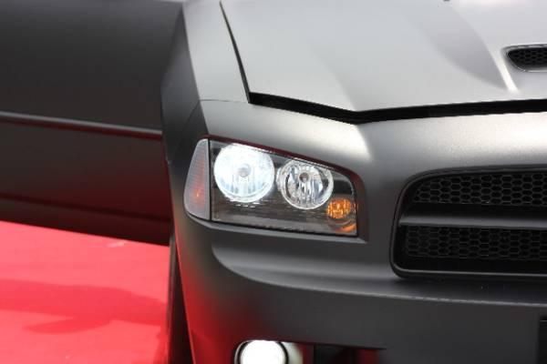 ブラックヘッドライト車