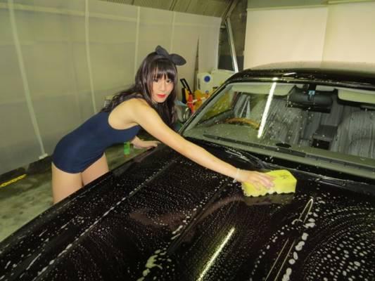 スクール女子水着洗車
