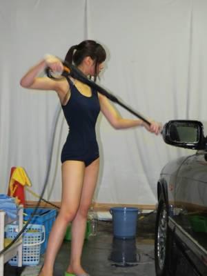 洗車水かけ水着