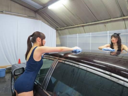 ルーフ洗車スク水