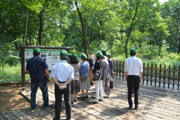 産廃業の革命児 石坂産業バス見学会