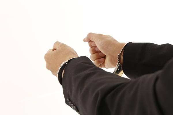 名ばかり管理職への残業代は?&入社時の誓約書について