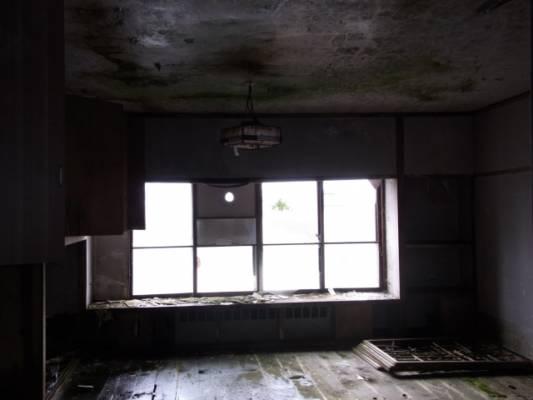 企業存亡 整備工場が消えていく・・・
