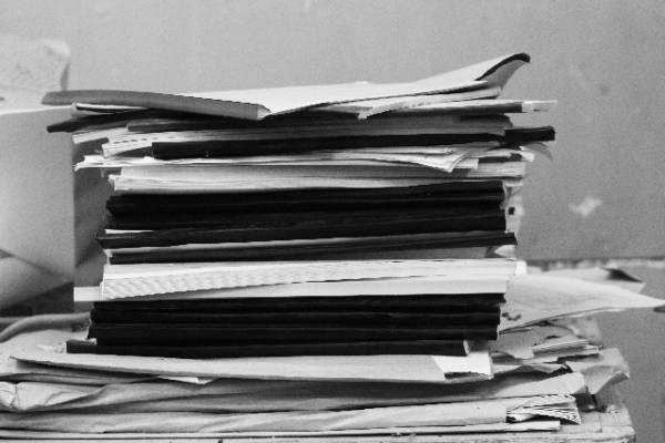 降格で社員の給料を下げる場合の注意点