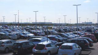 国内自動車販売状況2015年10月