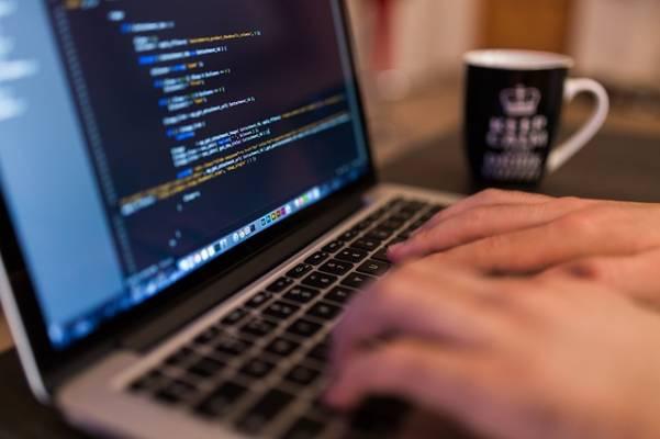ウェブ研修の時間は労働時間か?