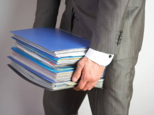裁判における長時間残業の判断基準とは?