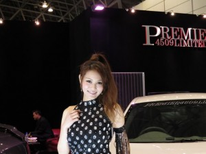 auto-salon2013-girl-11