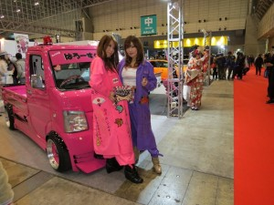 auto-salon2013-girl-18